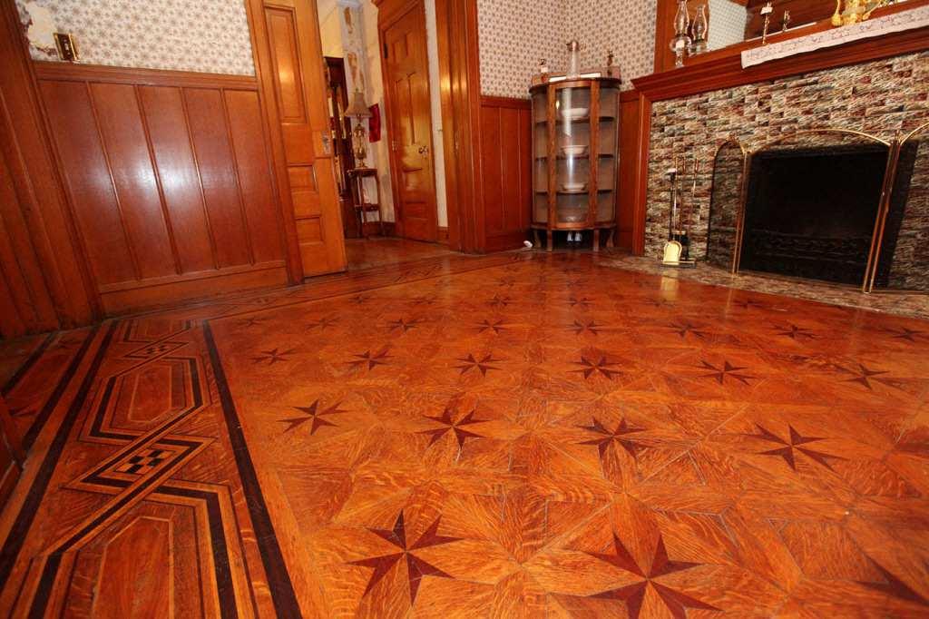 Beautiful Floors c. 1898 shingle victorian - ottumwa, ia - old house dreams