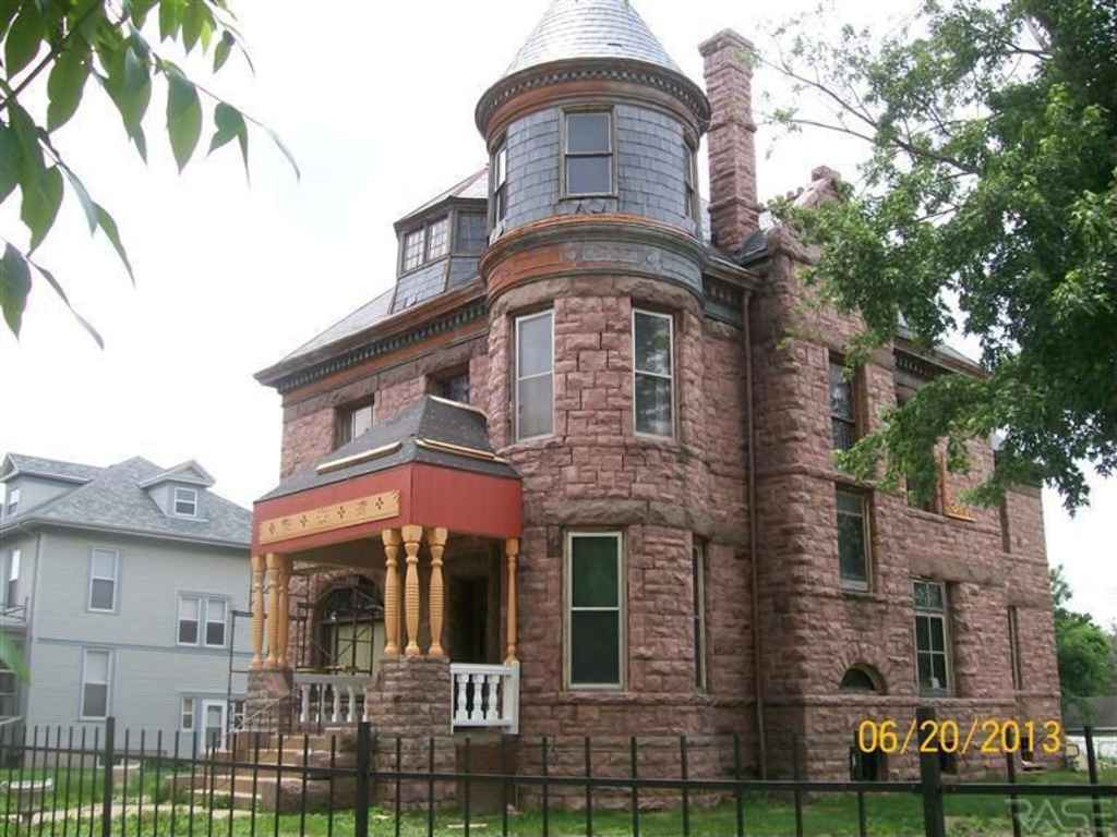 Black windows for homes - 1889 Romanesque Sioux Falls Sd 139 000 Old House