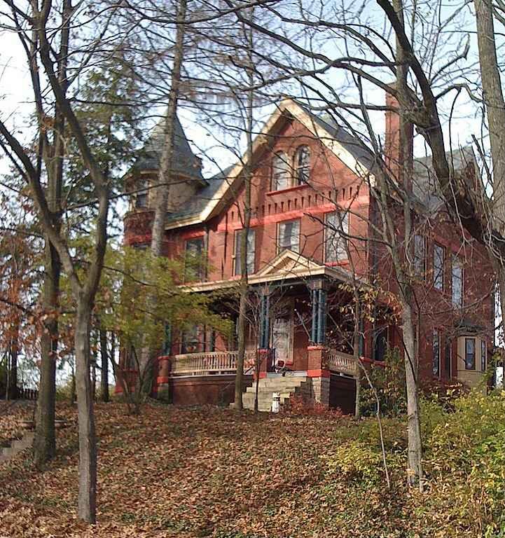 Luxury Home Builders In Ohio: Old House Dreams