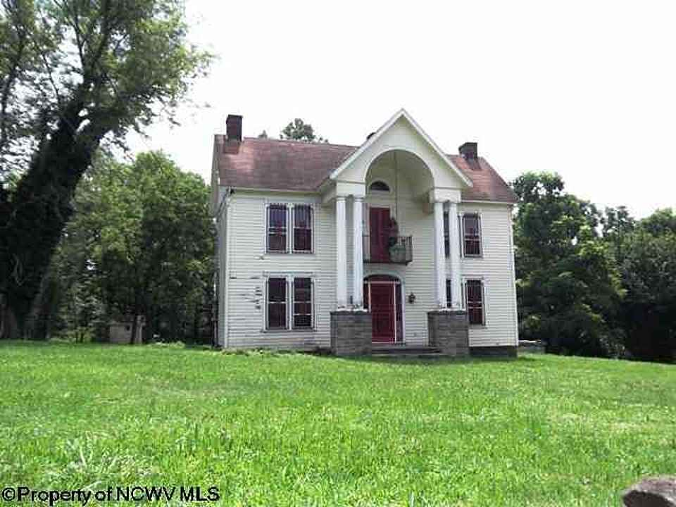 Cool C 1900 Classical Revival Clarksburg Wv Old House Dreams Beutiful Home Inspiration Xortanetmahrainfo