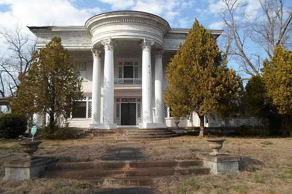 Attractive 1906 Classical Revival U2013 Sparta, GA