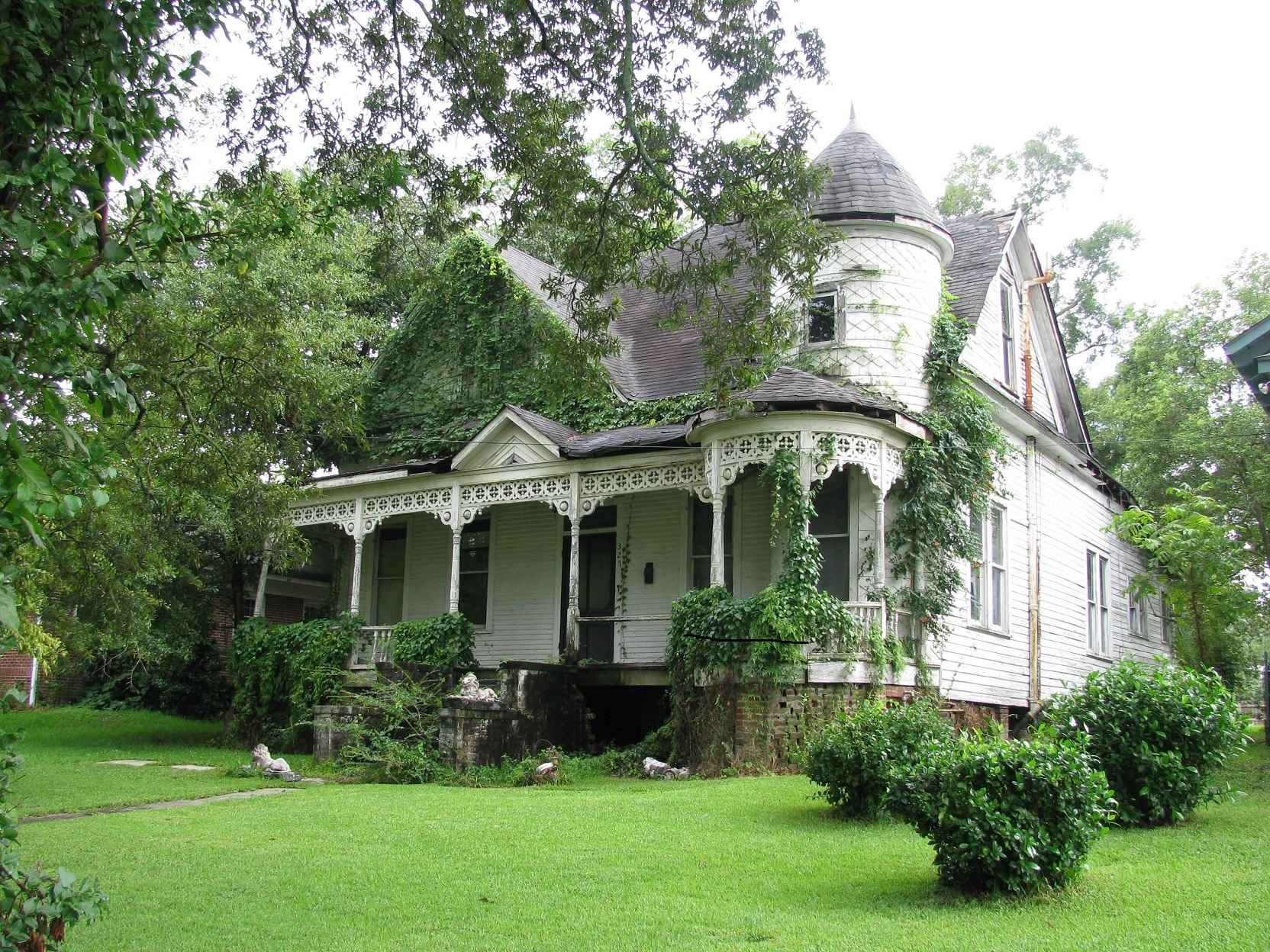 Victorian homes for sale in mississippi - Sent In By Linford