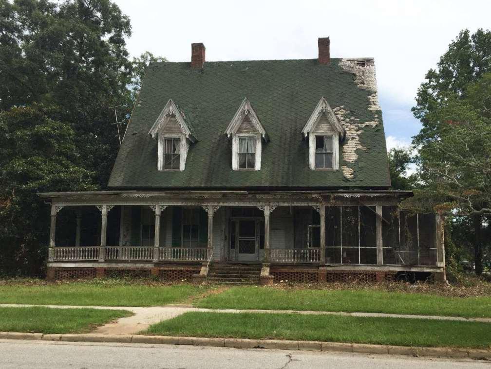 1876 Gothic Revival Fixer Upper In Louisville Georgia