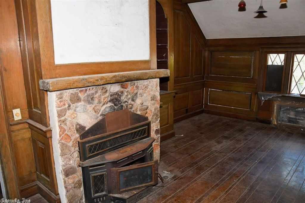 1928 Carriage House - Paragould, AR - Old House Dreams