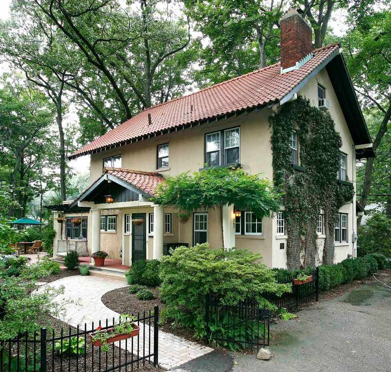 36 comments on 1911 craftsman oradell nj