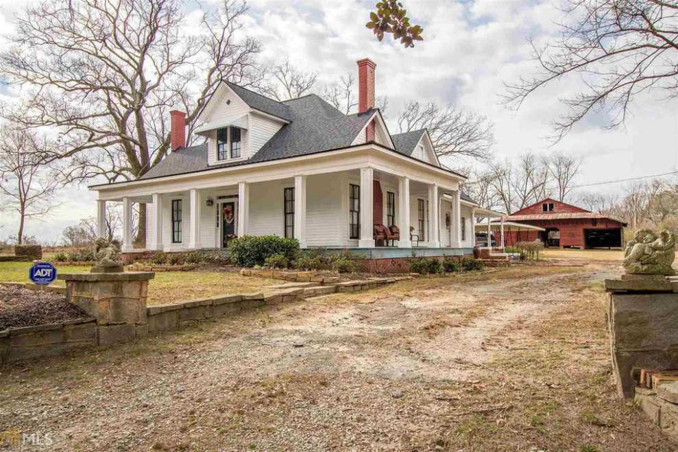 1900 Victorian Farmhouse In Royston Georgia