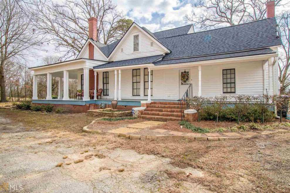 Georgia 1900 Victorian Farmhouse