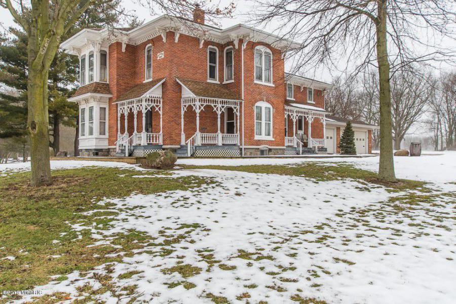 1889 Stunning Italianate In Paw Paw Michigan