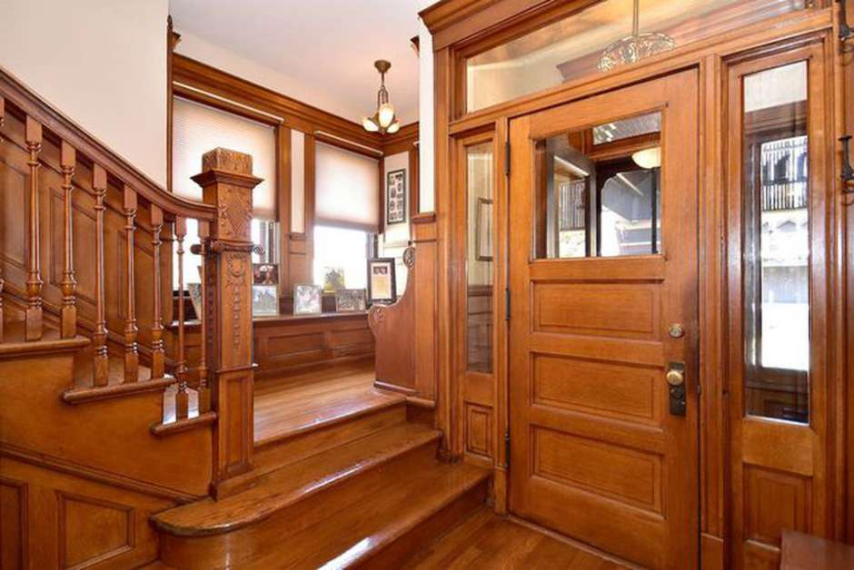 1894 Queen Anne Victorian For Sale In Forest Park Illinois