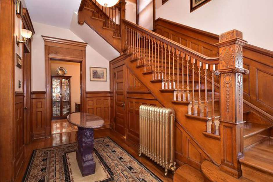 1894 Queen Anne Victorian For Sale In Forest Park Illinois ...