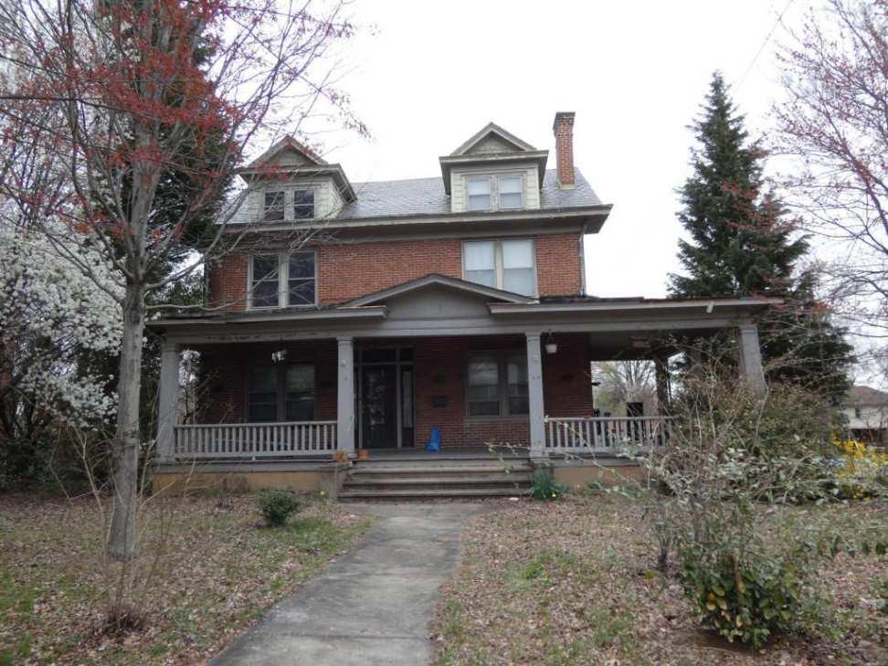 1913 Colonial Revival Roanoke Va 179 900 Old House Dreams