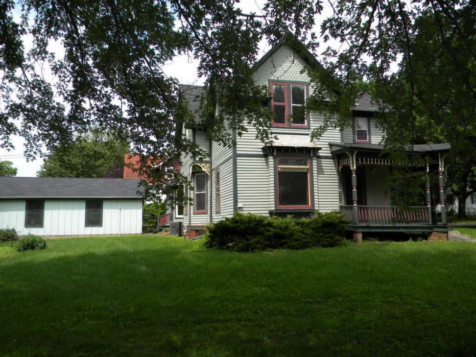 C 1900 Queen Anne Harlan Ia 130 000 Old House Dreams