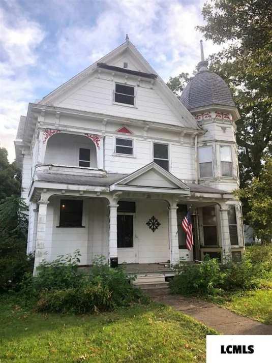 c  1890 Queen Anne - Mount Pulaski, IL - Old House Dreams