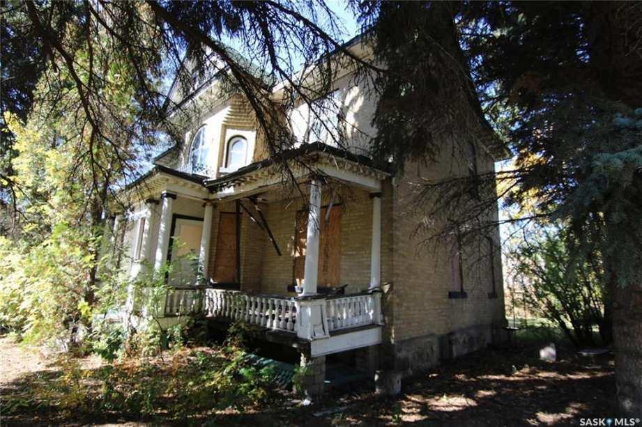1905 - Indian Head, Saskatchewan - Old House Dreams