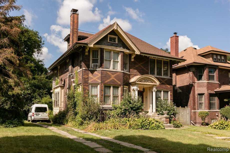 Old Houses for sale in Michigan - Old House Dreams
