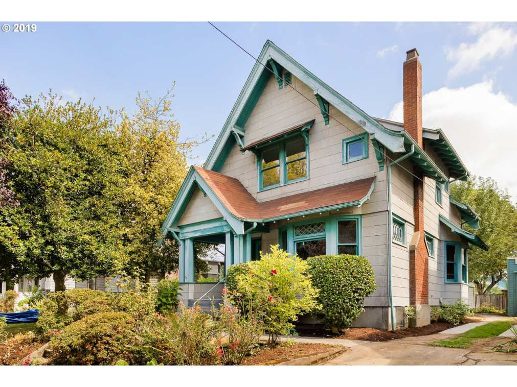 Old Houses for sale in Oregon - Old House Dreams