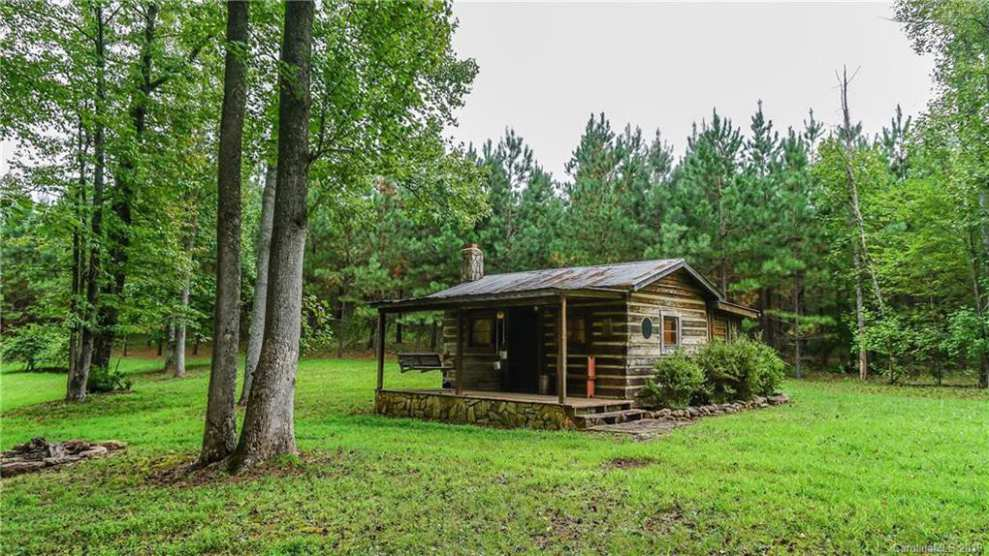 Log / Cabin Houses For Sale - Old House Dreams
