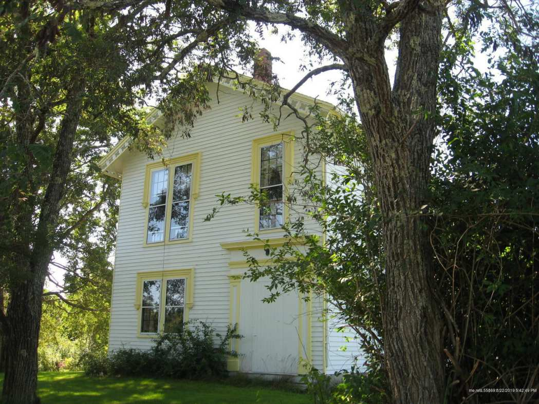 Old Houses for sale in Maine - Old House Dreams