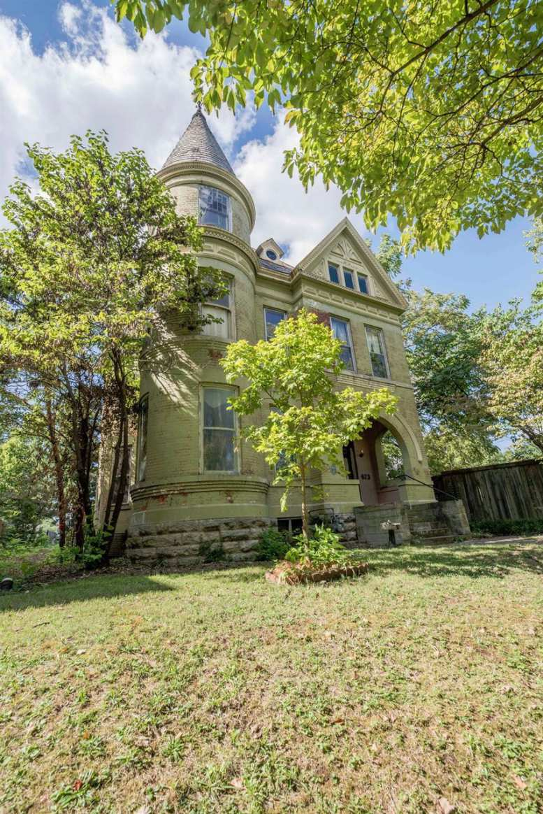 Astonishing Old Houses For Sale In Kentucky Old House Dreams Download Free Architecture Designs Scobabritishbridgeorg