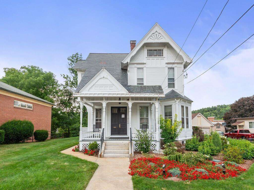 Stick Victorian Houses For Sale Old House Dreams